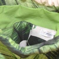 Grünes Innenfutter mit 2 Innentaschen